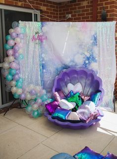 Mermaid party with a great photo background for a photo shoot- Mee . - Mermaid party with a great photo background for a photo shoot Mermaid party with a great photo back - Mermaid Theme Birthday, Little Mermaid Birthday, Little Mermaid Parties, Girl Birthday, Birthday Ideas, Mermaid Themed Party, Mermaid Birthday Party Decorations Diy, Little Mermaid Decorations, Girls Birthday Party Themes