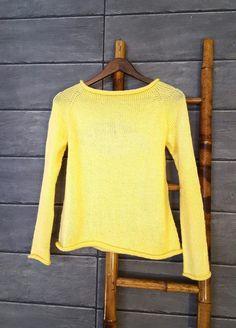 Ylhäältä alas neulottu paita. Ohje mukana. Top Down, Angora, Diy Projects To Try, Knitting Patterns, Knit Crochet, Bell Sleeve Top, Pullover, Dresses, Fashion
