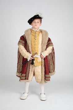 Patterns for several styles of Tudor-era childrens hose, jacket and gown. Ideal for upper-class and royal boys in the century. Renaissance Mode, Renaissance Costume, Medieval Costume, Renaissance Fashion, Tudor Costumes, Boy Costumes, Children Costumes, Historical Costume, Historical Clothing
