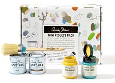 The Annie Sloan Mini Project Pack includes two small project pots of Chalk Paint®, a small tin of both Clear Wax and Dark Wax, and a small Pure Bristle Brush – everything you need to create something totally you. It's also the perfect holiday gift! Chalk Paint Wax, Chalk Paint Projects, Chalk Painting, Painting Tricks, Paint Ideas, Painting Techniques, Craft Projects, Annie Sloan Paint Colors, Annie Sloan Chalk Paint