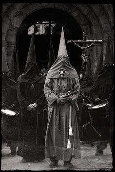 Not the KKK but just as creepy and dangerous. Horror, Arte Obscura, Templer, Coven, Black Magic, Black Art, Witchcraft, Religion, Weird