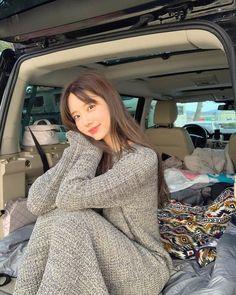 Korean Photo, Insta Photo Ideas, Jennie Blackpink, Fashion Line, Cute Casual Outfits, Ulzzang Girl, Kpop Girls, Korean Girl, High Neck Dress