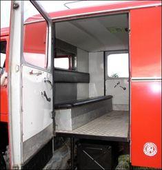 1971 Unimog 404 Fire Truck with Rosenbauer Box ... school run ;-)