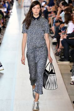 Tory Burch Spring 2015 Ready-to-Wear Fashion Show - Matilda Lowther (WOMEN)