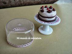 Tutorial by Mi mundo de miniatura: Expositor de tartas y quesera.