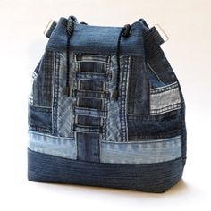 Ideas Sewing Projects Backpack Tote Purse For 2019 Denim Tote Bags, Denim Handbags, Denim Purse, Jeans Denim, Patchwork Bags, Quilted Bag, Tote Backpack, Tote Purse, Mochila Jeans
