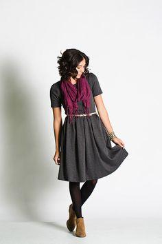 lularoe_modest_box_pleat_zipper_dress_amelia0007.jpg