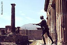 Pompeii (2011) Pompeii, Monument Valley, Italy, Nature, Travel, Saints, Italia, Naturaleza, Viajes