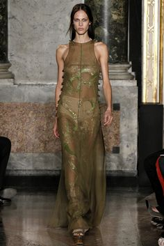 Emilio Pucci Spring 2013 Ready-to-Wear Fashion Show - Aymeline Valade