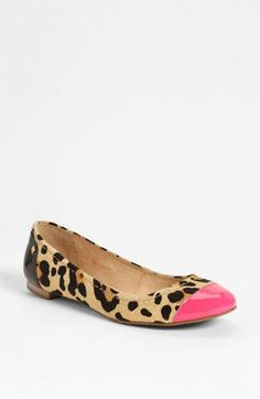Leopard print & pop of color? Well done, kate spade new york. SO CUTE OMG NEED AND WANT!!!!!! Get in my closet NOW!!!!