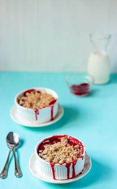 5 Ingredient Strawberry Crumble Recipe - easy recipes
