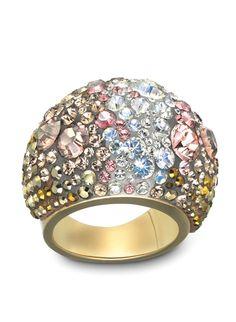 chic ring gold mine... también lo tengo, fue el primero de la colección :)