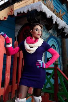 Winter Colour Blocking    http://carolinestyling.blogspot.com/2012/12/styling-work-venere-christmas... pinned with Pinvolve