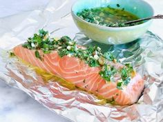 See related links to what you are looking for. Cobb Bbq, Fish Recipes, Healthy Recipes, Salsa Verde, Fabulous Foods, Different Recipes, Tasty Dishes, Summer Recipes, Food Inspiration