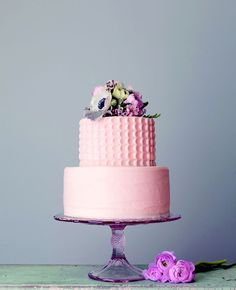 Obsessed with these new Magnolia Bakery wedding cakes!!! From: The Knot blog