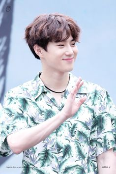 Suho - 170813 Gwanghwamun HotTracks fansign Credit: Cotton J. (핫트랙스 광화문점 팬사인회)