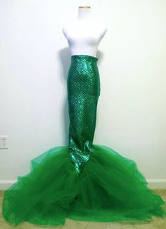 Long Full Lenght Green Mermaid Tail, Adult Halloween Costume, High Waisted Mermaid Scale Skirt, Rave bra, EDC Outfit, Dance Wear, Rave Wear