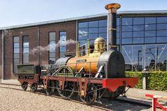 De Arend was de eerste stoomtrein in Nederland op het traject Amsterdam - Haarlem