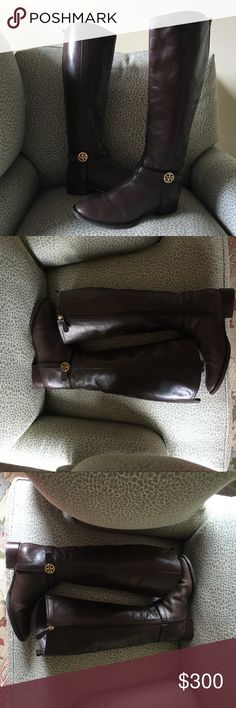 "Tory Burch Leather Riding Boots Bristol Size 8 Tory Burch brings you the ultimate versatility with this medallion-adorned riding boot.     * Smooth leather with golden hardware.     * Round toe; tonal topstitching.     * Leather harness strap with double-T medallion.     * Full inside zip for ease of dress.     * 15 1/2""H shaft; 15"" circumference.     * 1 1/2"" stacked heel.     * Padded footbed with logo fabric lining.      * Leather outsole with rubber inset.     * ""Bristol"" is made in…"