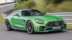 Track test: which is the best Mercedes-AMG GT? Mercedes Amg Gt S, Performance Exhaust, Seat Belts, Small Cars, Twin Turbo, Amazing Cars, Porsche 911