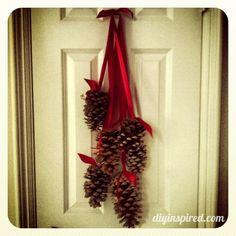 Hanging Pine Cone Decoration! Easy Peasy Lemon Sqeasy :)