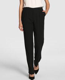 Pantalón recto en color negro
