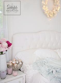 White decorating ideas on the blog at shabbyfufublog
