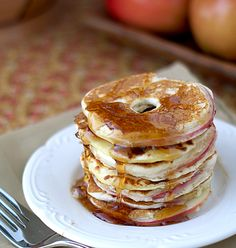 Vermont Maple Apple Rings by heatovento350: Thin slices of apple are coated with a pancake-like batter and cooked on a skillet until they are a warm, soft cooked apple layer inside of a light, fluffy dough.  Top it off with some maple syrup, and you've got one tasty breakfast! #Pancakes #Apples