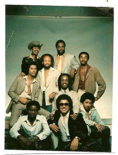 """About the most """"Normal"""" I think I have ever seen Earth, Wind, and Fire look. Music Icon, Soul Music, Sound Of Music, Ebony Magazine Cover, Jazz, Funk Bands, Earth Wind & Fire, Old School Music, Soul Train"""