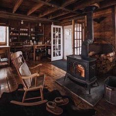 Small Cabin Interiors, Rustic Interiors, Cabin Homes, Log Homes, Cabana, Log Home Living, Modern Living, Living Rooms, Cabin In The Woods