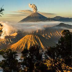 Bromo, volcão ativo na Indonésia. Por Guillaume Buret.