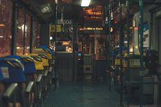 비오는 날과 사람이 없는 버스.  #버스 #비 #밤 by orangepolo