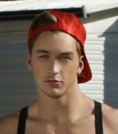 Jeremy Rohmer [Close-Up] . America's Next Top Model, Cycle 20: Guys & Girls > Photoshoot 3: Trailer Park Chic with Sugar Pop Pop