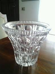Risultati immagini per vetro cristallo di boemia praGA