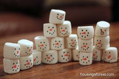 Stacking Snowmen Play ~ Put that Dried out bag of Marshmallows to good use!   Guest post on Mess For Less