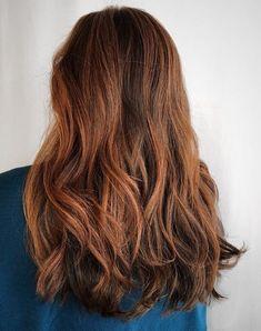 Brown Hair Caramel Balayage, Balayage Hair Copper, Balayage Hair Blonde Medium, Auburn Balayage, Hair Color Balayage, Hair Color Auburn, Brown Hair Colors, What Is Balayage, Chic Short Hair
