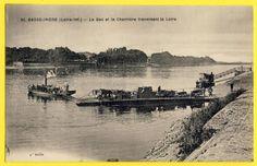 cpa-44-BASSE-INDRE-Le-BAC-Passagers-et-BAC-a-Char-Attelage-traversant-la-LOIRE