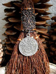 Rita's Levi Pentacle Hoodoo Cinnamon Broom - House Blessing, Protection, Perfect Balance Door Ornament