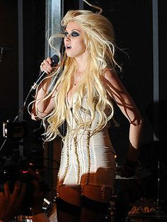 Archive – Taylor Momsen – Style News - StyleWatch - People.com