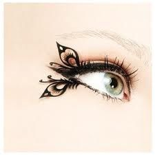 katniss butterfly eyelashes