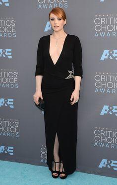 Pin for Later: Seht die Stars von einer anderen Seite bei den Critics' Choice Awards Bryce Dallas Howard in Balmain