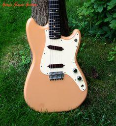 1960 Fender Duo-Sonic, Slab Board