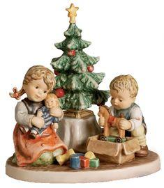 MI Hummel Christmas Morning Hummel Figurine 2263