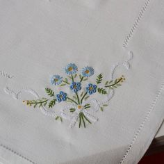 Tobin forget me not stamped tablecloth embroidery kit - Hand Embroidery Designs, Ribbon Embroidery, Embroidery Stitches, Embroidery Patterns, Machine Embroidery, Drawn Thread, Clothes Crafts, Bargello, Needle And Thread