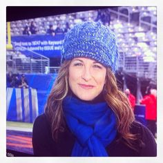 ESPN's Suzy Kolber in a Pistil beanie! Preamble Footwear carries a wide variety of Pistil hats, gloves and scarves for every season!