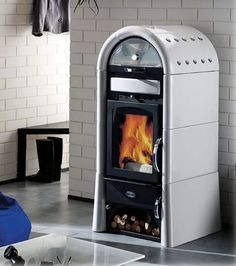 Tiffany Decorata The Tiffany Decorata has large grate door for better flame view and easier wood loading. This wood burning stove also features a new Read Stove Fireplace, Fireplace Wall, Foyers, Stove Heater, Sauna Heater, Lofts, Rocket Stoves, Log Burner, Tiny Spaces