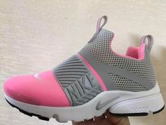 Cute Sneakers, Girls Sneakers, Slip On Sneakers, Cute Shoes, Girls Shoes, Sneakers Fashion, Sneakers Nike, Fashion Shoes, Hiking Shoes