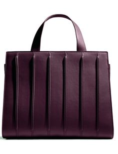 Max Mara Whitney bag by Renzo Piano Building Workshop violet color  In collaboration with Renzo Piano Building Workshop, inspired by architecture of Whitney Museum of American Art of New York  Sizes: width 37 cm, height 31 cm, depth 9 cm. With removable shoulder strap  Composition : 100% calf leather  Made in Italy