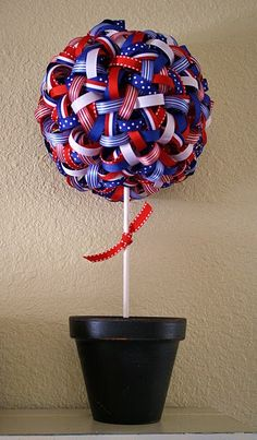 15 Patriotic DIY Home Decor Projects: Ribbon Topiary 4th Of July Celebration, 4th Of July Party, Fourth Of July, 4th Of July Wreath, Patriotic Crafts, July Crafts, Holiday Crafts, Holiday Ideas, Summer Crafts