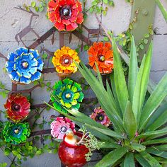 Recycled Mexican Tin Flowers Gardening In Containers, Tin Flowers, Simple  Art, Easy Art